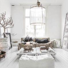Dream  by @paulinaarcklin  #interior #inspiration #interiordesign #home #homedeco #homedecor #homedesign #decor #decoration #livingroom #fashionblogger_de #blogger #instahome