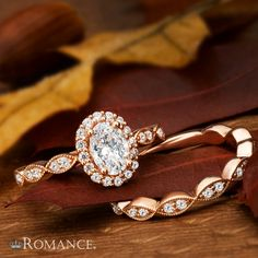 Hello, autumn! #LoveMyRomance celebrates with this oval rose gold beauty with scalloped band @johnstonjeweler  117980-100R  #welcomefall #diamonds #romancebridal #engagementrings #weloveourcarats #bling #haloring #ovaldiamond