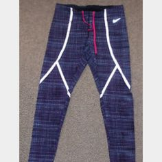 4504832418 Nike Luxe Reflective Leggings Gently used. Love them