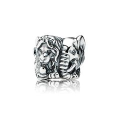 Remember your safari with this cute charm of a lion and an elephant. #PANDORA #PANDORAcharm