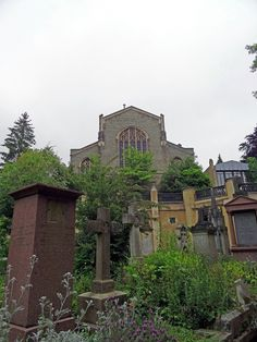 highgate cemetery london, west side, chapel