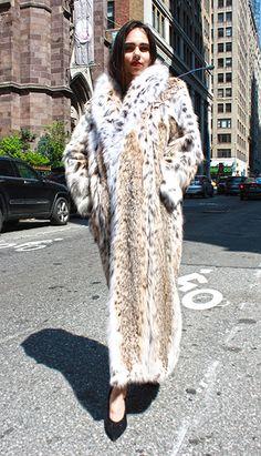 Full Length American Cat Lynx Fur Coat Sable Fur Coat, Long Fur Coat, Lynx, Fur Fashion, Winter Fashion, Faux Fur Bedding, Sweater Mittens, Leopard Coat, Fabulous Furs