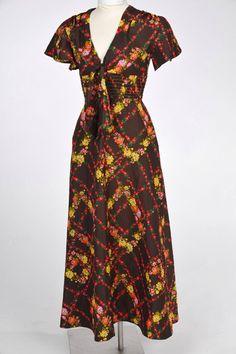 GrannyWasGroovy.nl - Vintage kleding: jassen, fake fur, jurken, lammy, rokken and more!
