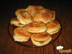 Domaći hamburgeri Bread, Baking, Recipes, Food, Mustard, Meal, Patisserie, Brot, Backen