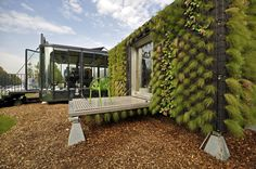 Hub 01 – Mobile Student Housing Terminal / dmvA Architecten + A3 Architects