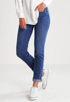 26b5059a 14 Best levi's jeans images | Flare leg jeans, Woman fashion, Casual ...