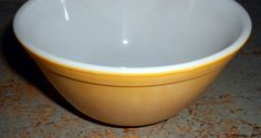 Vintage Bowl Pyrex Nesting Bowl Mixing Bowl Yellow by TheBackShak
