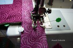 Anna Orduña - Mi Rincón de Patchwork: Tutorial: Bies simple para Quilts rectos Sewing Hacks, Sewing Tips, Quilts, Anna, Reading, Ideas, Purse, Quilt Blocks, Bedspreads