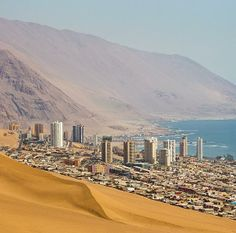 This is a side of #Peru I never new existed, it's quite odd yet stunning. — #travel #beach #city