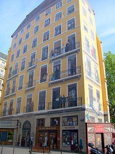 Picture : Trompe-l'oeil at St Vincent bank - Lyon