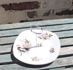 Cake Stand Kashmir Pattern Orchid Design by John Russell for Midwinter Pottery. Cake Party, Tea Party, British Cake, Great British, Orchids, Decorative Plates, Pottery, English, Lifestyle