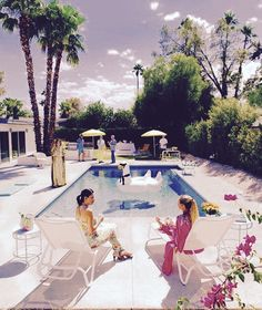 The best events to attend for Modernism Week. Win a Slim Aarons-inspired print. Where to get Poolside Gossip print by Slim Aarons. Slim Aarons, Estilo Miami, Palm Springs Mid Century Modern, Divas, Palm Springs Style, Palm Springs Pool Party, Modernism Week, My Pool, Mid Century Modern Design