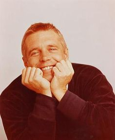 George Peppard was gorgeous