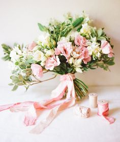 #Bridal #bouquet with tie dyed ribbon {DIY via Green Wedding Shoes}