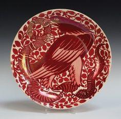 A William de Morgan ruby lustre dish, late 19th century.