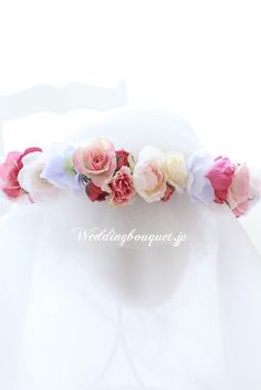 写真映えする初夏のお花冠のご紹介|ウェディングブーケデザイナーがお届けする旬のトレンドブーケのお話