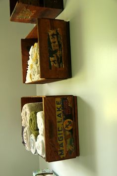 Lille Punkin& Upcycled Wooden Fruit Crates as Bathroom Towel Shelves - Wood Crate Shelves, Bathroom Shelves For Towels, Diy Wooden Crate, Towel Shelf, Wood Crates, Towel Racks, Home Decor, Fruit Crates, Upcycling Projects