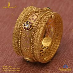 Jewellery that totally rocks. Get in touch with us on Gold Chain Design, Gold Ring Designs, Gold Bangles Design, Gold Earrings Designs, Gold Jewellery Design, Gold Jewelry, India Jewelry, Trendy Jewelry, Pearl Jewelry