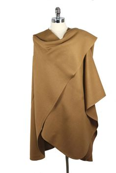 Luxurious 100% Baby Alpaca Camel Cape