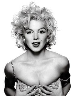 Just to clarify for everyone: this is Marilyn's face photoshopped onto Madonna's body. Original to follow.