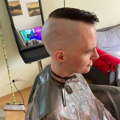 Cool Haircuts, Haircuts For Men, Shaving Your Head, High And Tight, Just For Fun, New Image, Hair Cuts, Mohawks, Men's Hairstyles