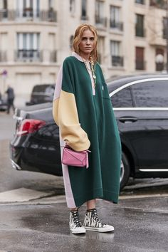 Paris Fashion Week Fall 2019 Attendees Pictures - Attendees at Paris Fashion We. - Paris Fashion Week Fall 2019 Attendees Pictures – Attendees at Paris Fashion Week Fall 2019 – - Fashion 2020, Look Fashion, Urban Fashion, Winter Fashion, Fashion Outfits, Fashion Trends, Fashion Styles, Fall Fashion Week, Mens Fashion Week