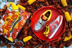 rukus crawfish dunks 01 A Detailed Look at the Rukus x Nike SB Dunk Low Crawfish Shoe Sites, Shoe Manufacturers, Nike Air Shoes, Nike Shox, Nike Sb Dunks, Well Dressed Men, Running Shoes For Men, Adidas Men, Sneakers Fashion