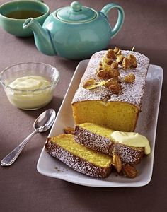 İdeen Easy Cake Almond Vanilla Lightning Cake with Rum Cream QimiQ Recipe, Rum Cream, Almond Cream, Dream Cake, Healthy Cake, Sweet And Spicy, No Bake Cake, Chocolate Cake, Bakery, Food And Drink