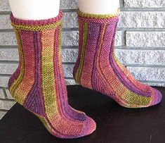 Ravelry: Perpendicular Socks pattern by Anne Campbell