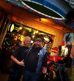 Stan Ellsworth of American Ride with Harley rental employee in Hawaii