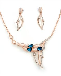 I call this the Angel set. A gorgeous jewellery set - set at HANQ Jewelry  Instagram @hanqjewelry www.hanqjewelry.com