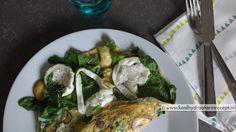 Gewoon een keer maken! Zo'n baby spinazie geitenkaas omelet is een heerlijk gezonde voedzame lunch waarmee je weer een paar uur verder kan.