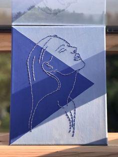Cute Canvas Paintings, Small Canvas Art, Mini Canvas Art, Diy Canvas, Sewing Art, Embroidery Art, Diy Art, Art Drawings, Art Projects