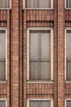 Hotel Grote Markt, Gorningen Müller Reimann Architects - You are in the right place for home de Brick Cladding, Brickwork, Brick Design, Facade Design, Brick Projects, Brick Detail, Brick Masonry, Brick Architecture, Architecture Career