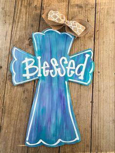 Painted Wooden Crosses, Wood Crosses, Cross Door Hangers, Wooden Door Hangers, Wooden Crafts, Diy Crafts, Cross Art, Cross Crafts, Wood Cutouts