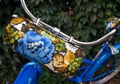 beatrice holiday vintage upholstery fabric bike seat and handlebar bag