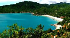 Urlaubstraum auf Koh Phangan: das Santhiya Resort - mit sensationellem Blick über den Thong Nai Pan Beach und die gleichnamige Bucht.