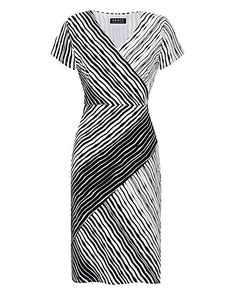 This contemporary print stretch midi dress by Grace was designed and made in Great Britain. With a wrap neckline, interesting print detail and short sleeves, this dress is a great versatile dress for this season. Plus Size Fashion For Women, Plus Size Womens Clothing, Clothes For Women, Plus Size Dresses, Dresses For Work, Striped Midi Dress, Work Attire, Dress Collection, Work Wear