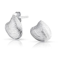 Bling Jewelry Nautical Seashell Clam Shell Sterling Silver Stud... ($27) ❤ liked on Polyvore featuring jewelry, earrings, silver tone, lightweight earrings, sterling silver jewelry, nautical jewelry, seashell jewelry y beach jewelry