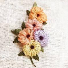 "65 Likes, 1 Comments - 규방/자수 (@___soye__) on Instagram: ""#롤스티치 #입체자수 #프랑스자수 #야생화자수 #embroidery #소소한일상의송당송당 #소소한일상의작은즐거움 #handmade #손자수 #꽃자수"""