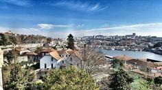 Neste caso uma imagem vale mesmo mais que 1000 palavras... #porto #oporto #beautifuldestinations #beautifulcity #coolcity #tourism #views #douroriver #riodouro #lindacidade #aminhacidade #douro by filipenunoviana