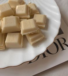 Cream Aesthetic, Aesthetic Food, Aesthetic Yellow, Ritter Sport, Think Food, Food Cravings, Nom Nom, Delish, Sweet Tooth
