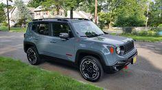 Like Jeep Renegade too - Meg My Dream Car, Dream Cars, Jeep Wrangler Renegade, Sport Suv, Jeep Cars, Jeep Jeep, Girly Car, Cute Cars, Future Car