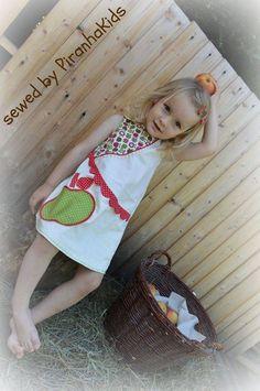 Wendekleid Paulinchen / wrap dress for girls  pdf pattern by worawo http://de.dawanda.com/product/84322927-wendekleid-paulinchen-ebook