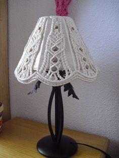 Amigas de las agujas: Pantalla del lampara en macrame