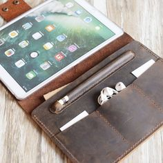 Personalized Leather iPad Pro 10.5 / 12.9 / 9.7 Retina Leather