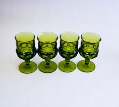 Dark Olive Green Wine Glass Goblet Set of 4 Vintage by OllyOxes Olly Oxen Free Granny Chic, Wedding Table Settings, Vintage Glassware, Weeding, Interior And Exterior, Olive Green, Indiana, Wine Glass, Depression