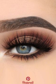 30 Wedding Makeup Ideas For Blue Eyes We have collected stunning makeup ideas . - - 30 Wedding Makeup Ideas For Blue Eyes We have collected stunning makeup ideas for blue eyes. These makeup looks will make your blue eyes shine and spa. Makeup Eye Looks, Blue Eye Makeup, Smokey Eye Makeup, Makeup For Brown Eyes, Eyeshadow Makeup, Blue Eyeshadow, Eyeshadow Ideas, Makeup Brushes, Makeup Monolid