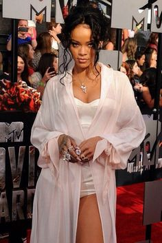 Rihanna White Dress | Dress: white gown, sexy, rihanna, black - Wheretoget