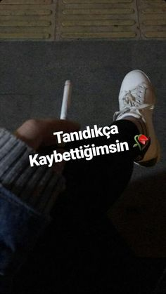 I lost, everything .- Kaybettim, herşeyi… I lost, everything … - Family Guy Funny, Family Guy Quotes, Fake Family, Family Humor, Matching Family Tattoos, Family Tattoos For Men, Meaningful Tattoos For Family, Words For Girlfriend, Family Photography Outfits